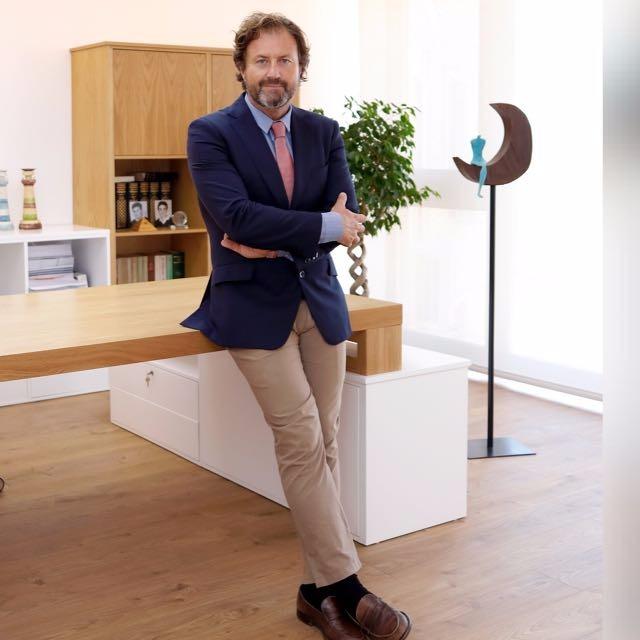 Manuel Temboury - asociación de abogados - ADEVI