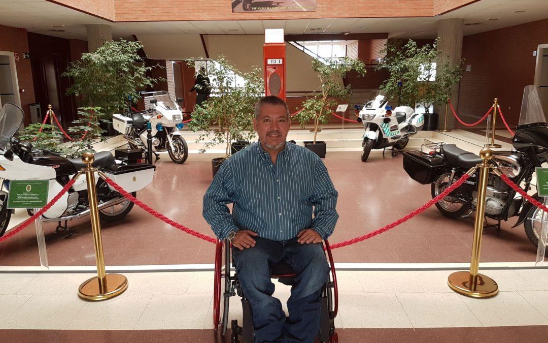 Francisco Canes imparte formación a la Guardia Civil en la Escuela de Tráfico de Mérida