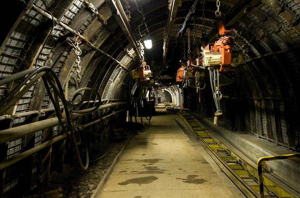 Accidentes laborales con sustancias peligrosas mina
