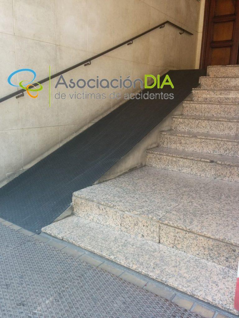 https://asociaciondia.org/wp-content/uploads/2018/10/rampa-entrada-edificio-2.jpg