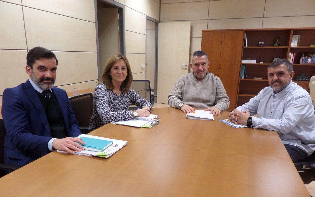 Reunión Asociación DIA-DGT: proteger la acera, promover el alcolock o el uso de tacógrafo son algunas de las demandas